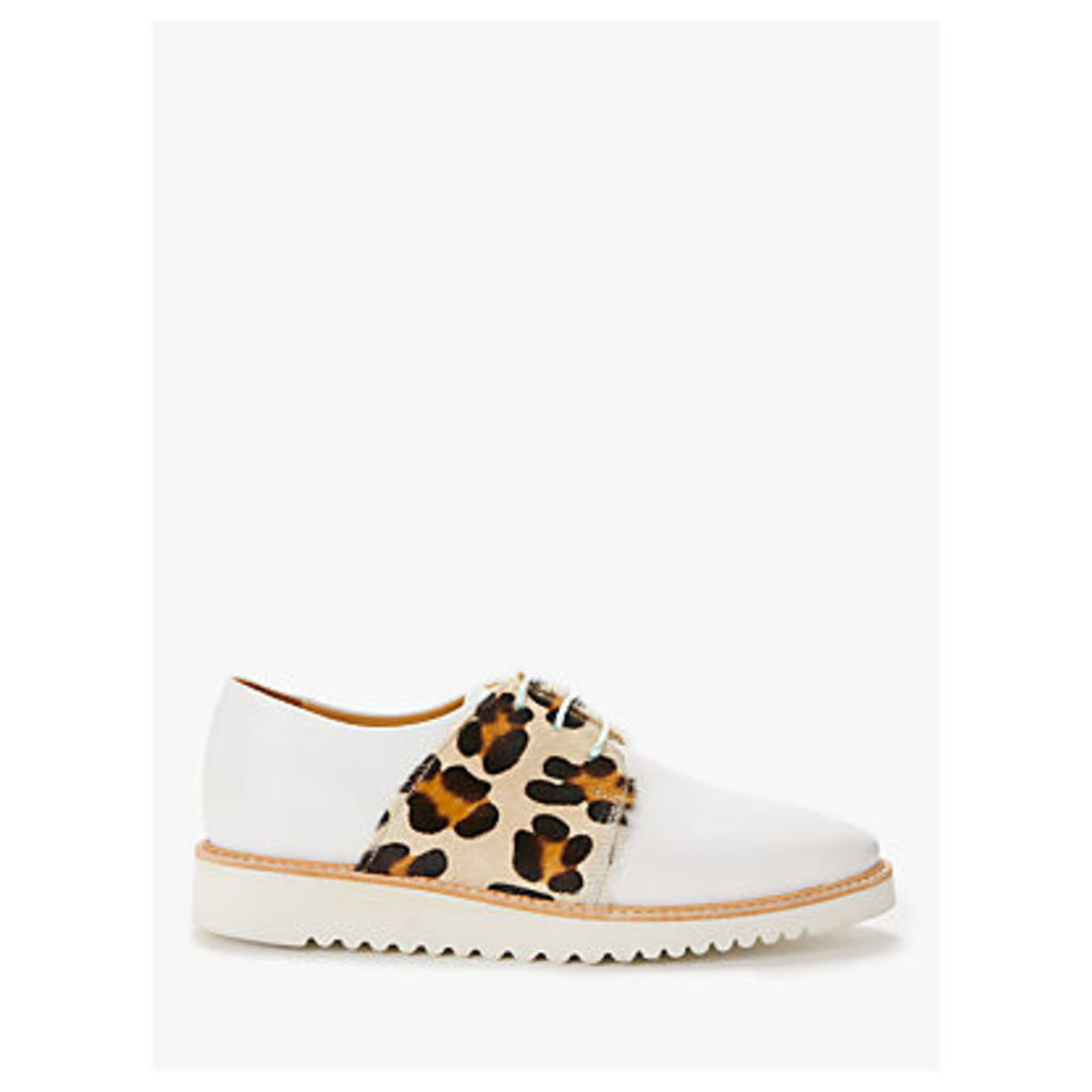 Rogue Matilda Banoffee Brogues, White Leather