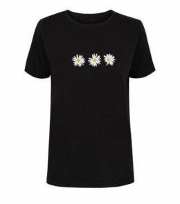 Black Daisy Print Short Sleeve T-Shirt New Look