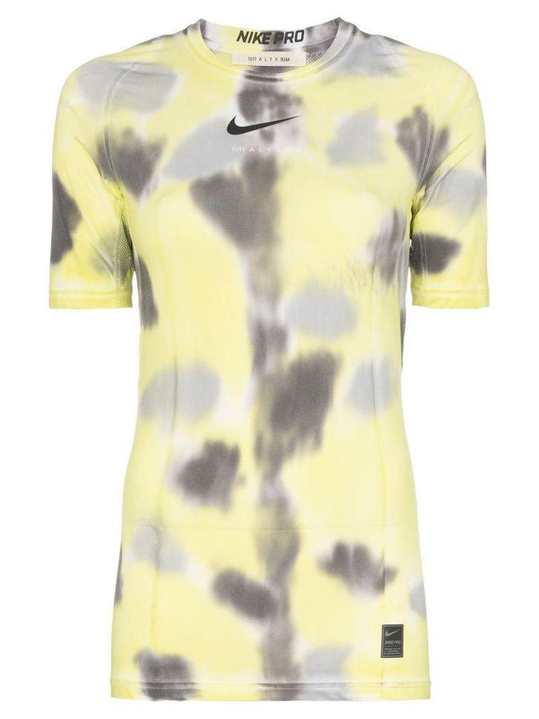 1017 ALYX 9SM x Nike logo-print tie-dye training T-shirt - Yellow