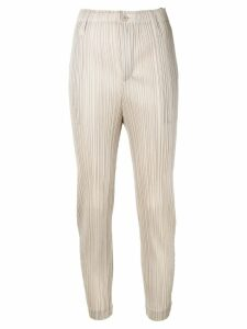 Pleats Please Issey Miyake beige cropped trousers - Neutrals