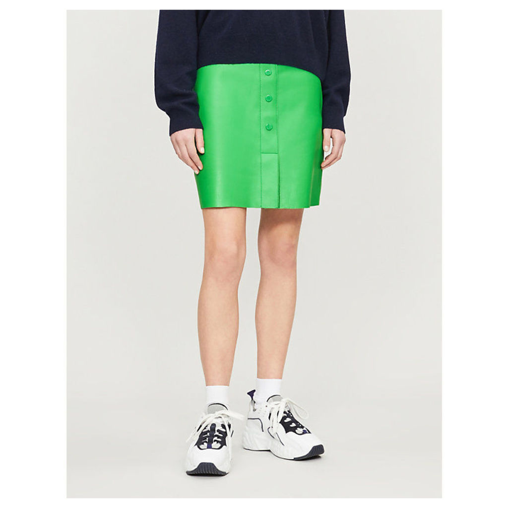 A-line buttoned leather skirt
