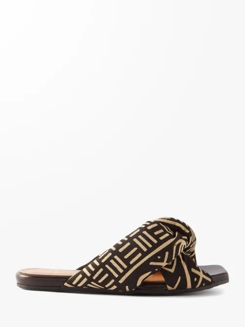 Alexander Mcqueen - Ribbed Bodice Pleated Skirt Gown - Womens - Light Yellow