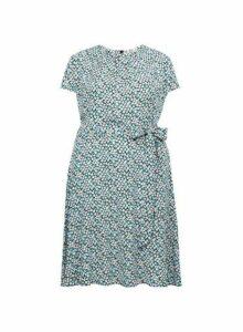 Womens **Billie & Blossom Curve Blue Daisy Print Skater Dress, Blue