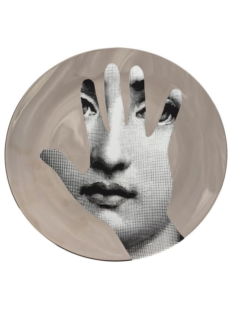 Fornasetti hand T & V wall plate - Grey