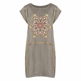 GISY - Fire Mandala Embroidered Boat-Necked Kaftan Dress