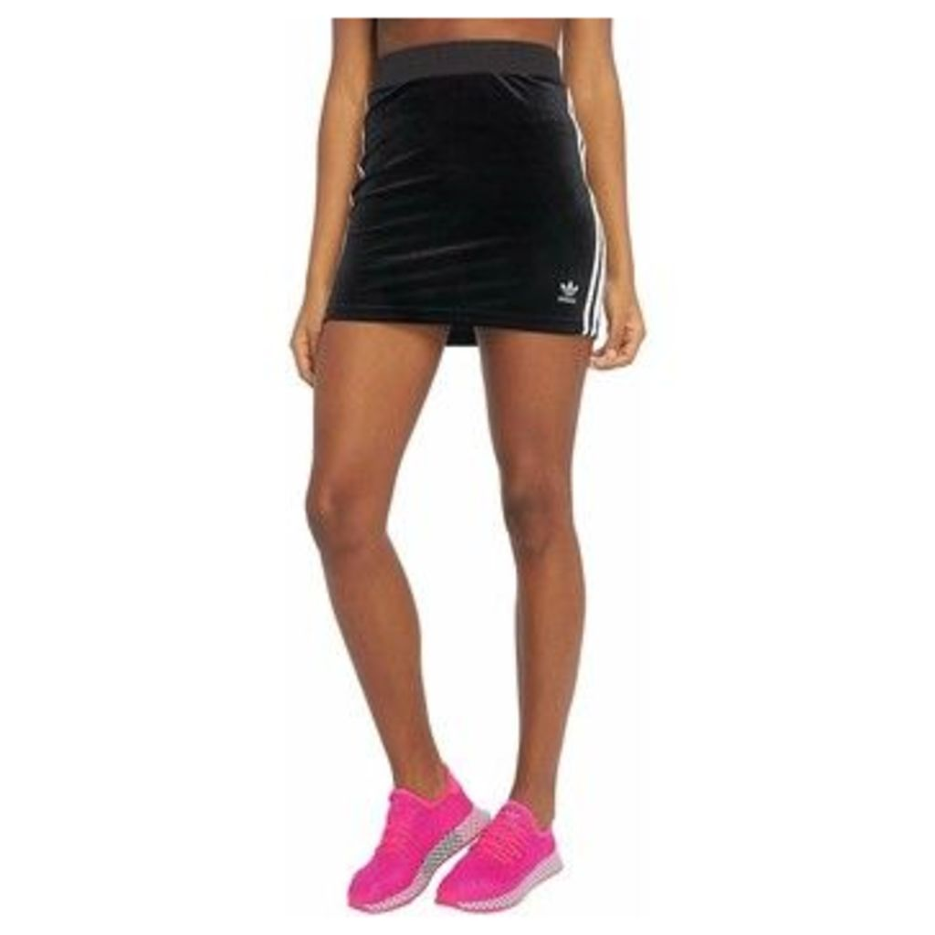 adidas  FALDA 3 RAYAS DV2582  women's Skirt in Black