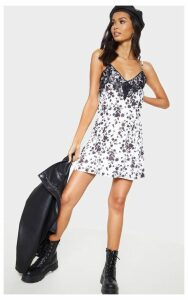 White Floral Print Slinky Lace Trim Swing Dress, White