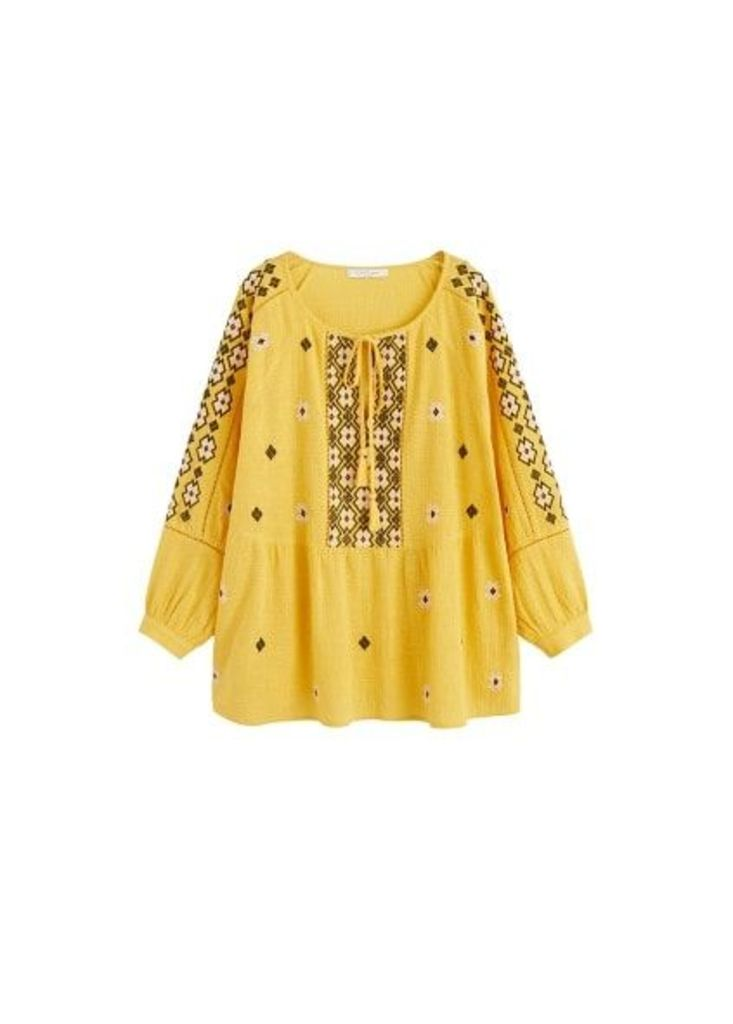 Pompoms embroidered blouse
