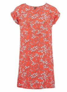 Womens *Izabel London Red Ditsy Floral Print Shift Dress, Red