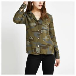 Womens Petite Khaki camo long sleeve shirt