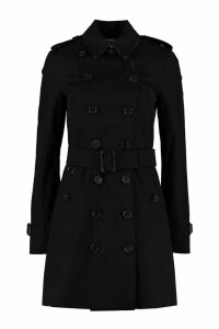 Burberry Sandringham Medium Trench Coat