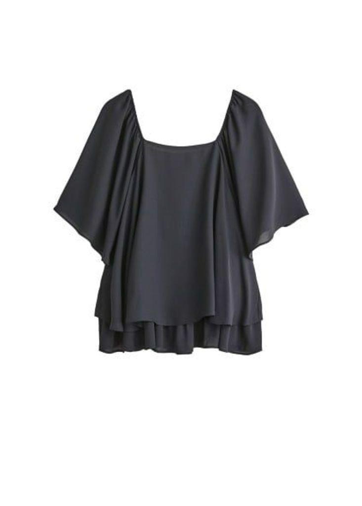 Textured ruffled blouse