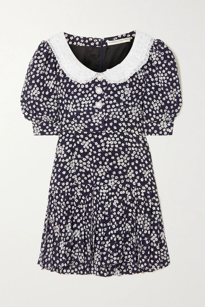 Carolina Herrera - Crystal-embellished Silk-georgette Gown - Pink