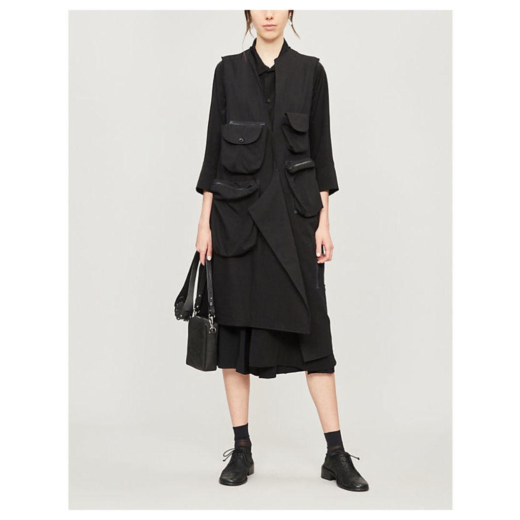 Sleeveless patch-pocket cotton coat