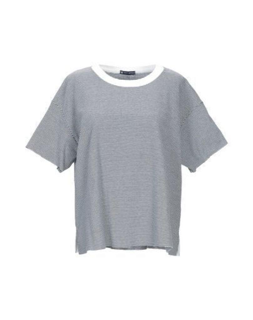 PETIT BATEAU TOPWEAR T-shirts Women on YOOX.COM