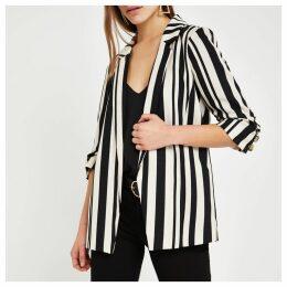 Womens Petite Black stripe ruched sleeve blazer