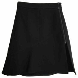 Mid-length skirt