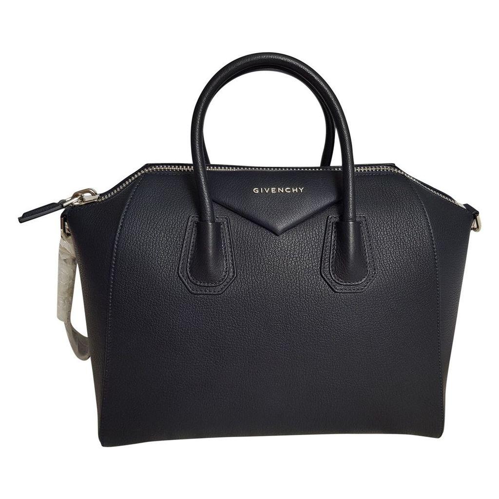 Antigona leather handbag