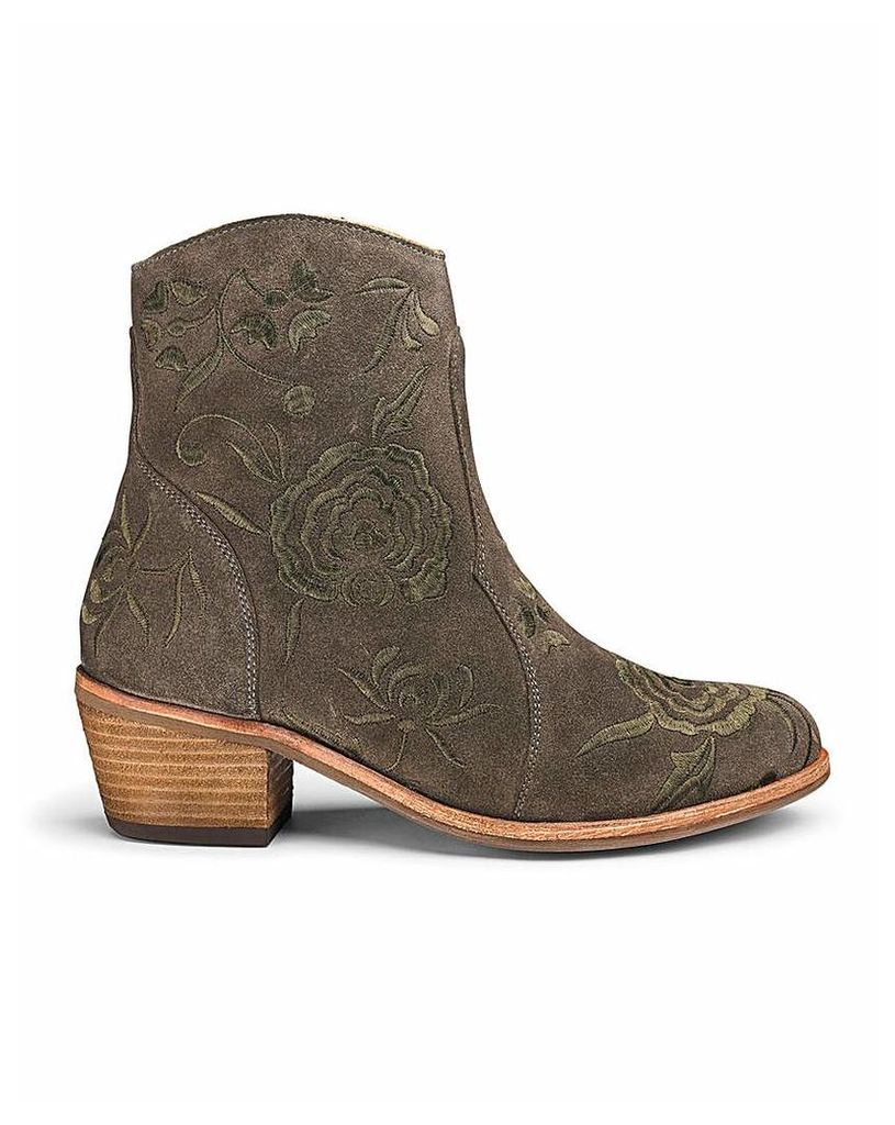 Embroidered Suede Western Boots E Fit