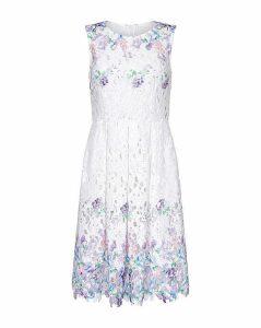 Yumi Curves Floral Lace Dress
