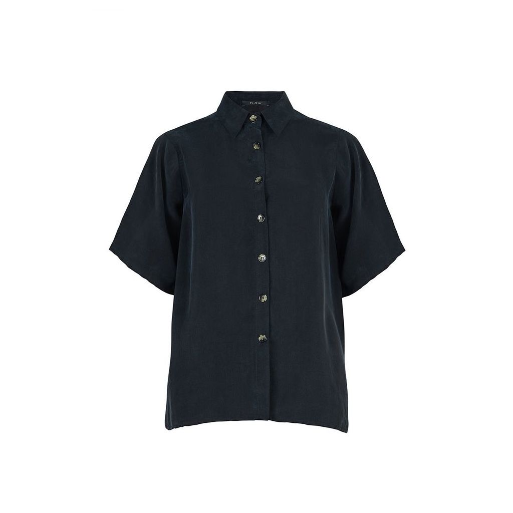 FLOW - The Button Down Shirt