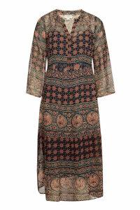 Velvet Mo Printed Midi Dress