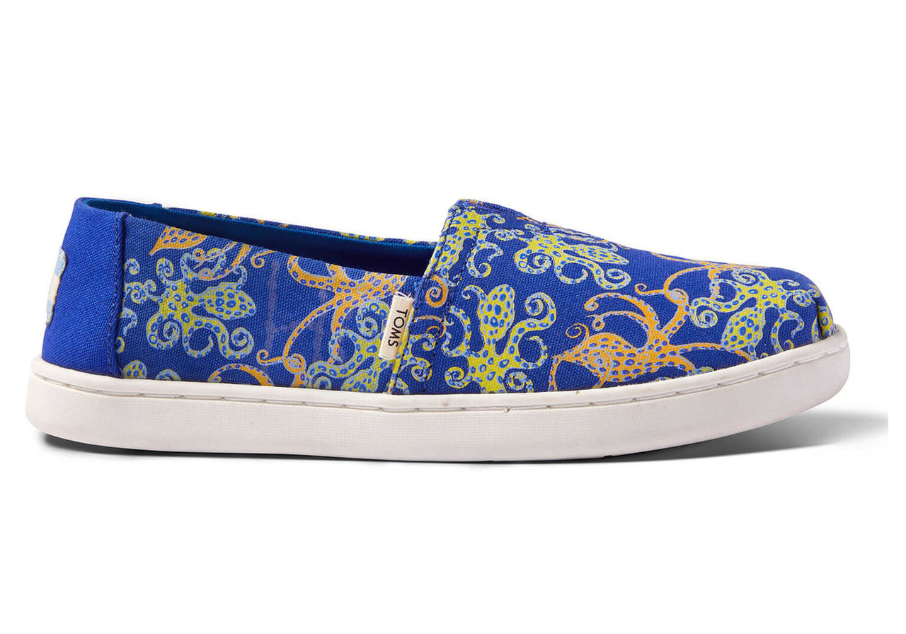 TOMS Octoglow Glow-In-The-Dark Canvas Youth Classics Slip-On Shoes - Size UK2.5 / US3.5