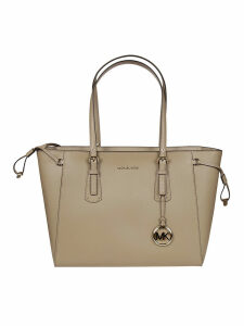 Michael Kors Voyager Tote
