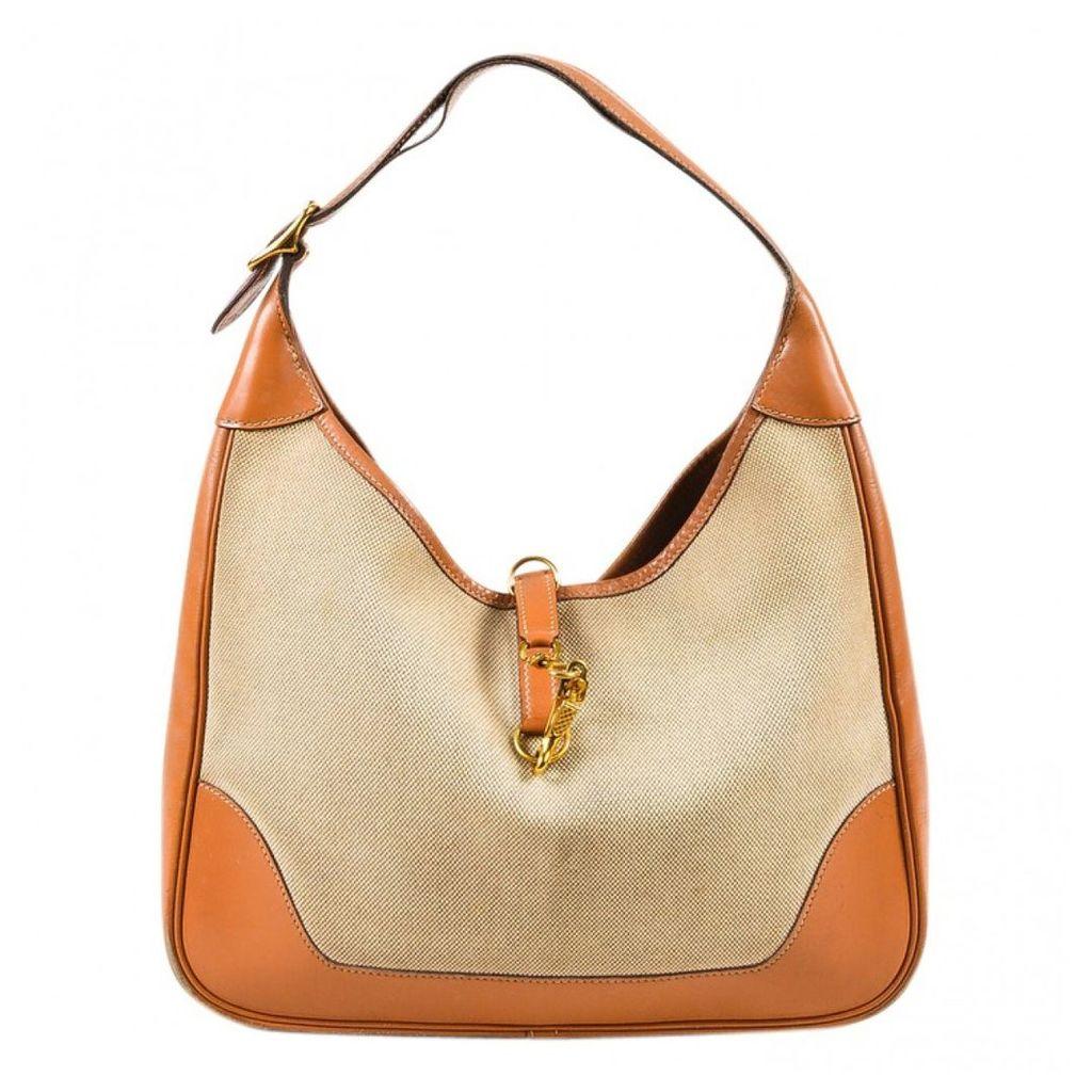 Trim handbag