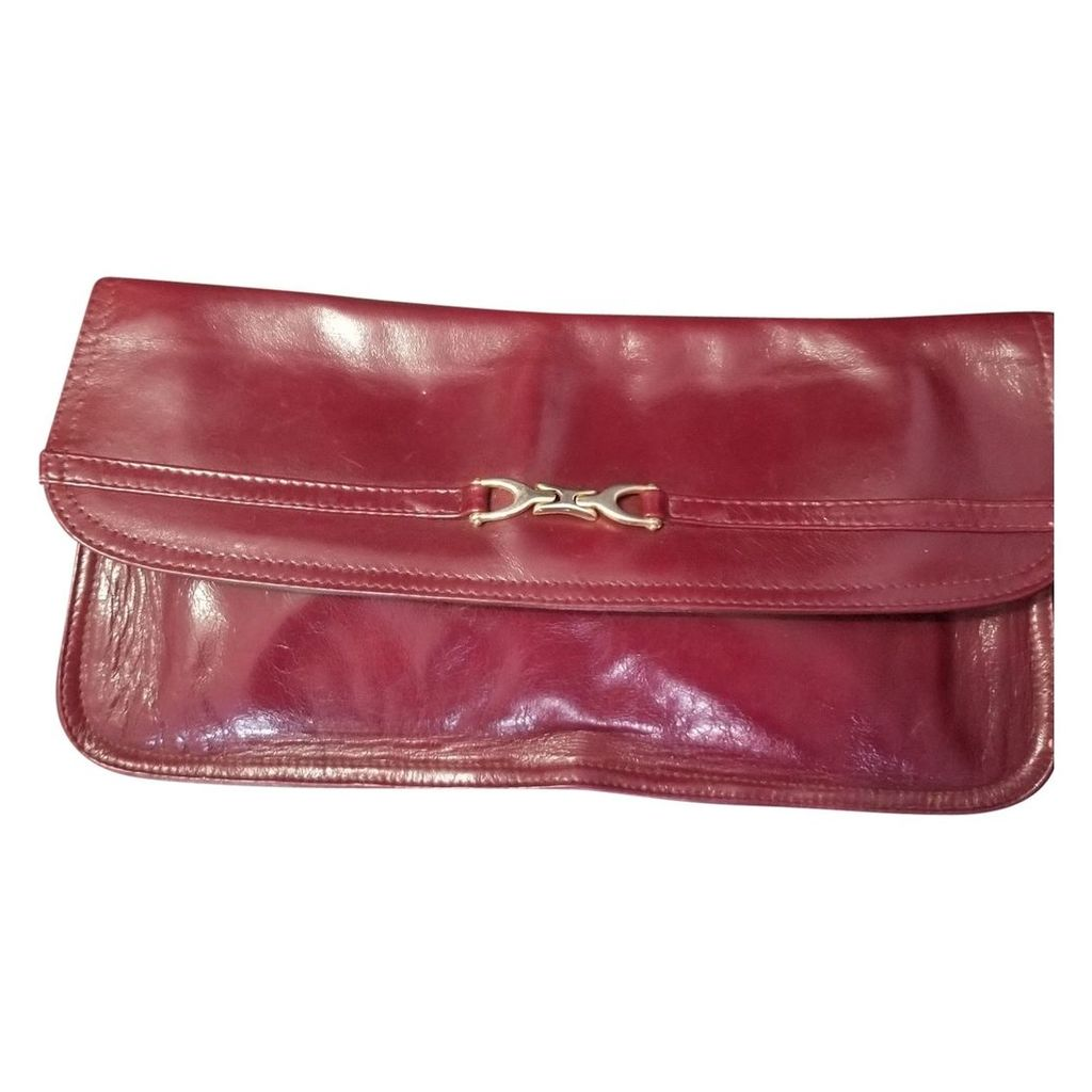 Patent leather clutch bag