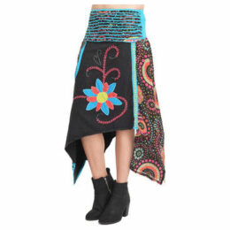 Couleurs Du Monde  Skirt  women's Skirt in Black