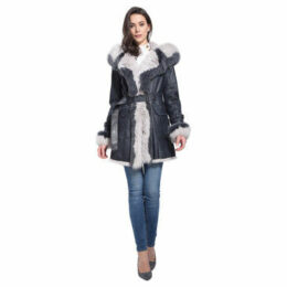 Intuitions Paris  Returned rabbit coat  women's Trench Coat in Blue