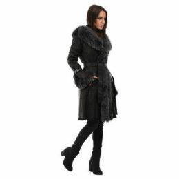 Intuitions Paris  Coat  women's Coat in Black