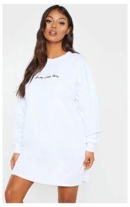 PRETTYLITTLETHING Petite White Embroidered Jumper Dress, White