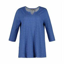 Polka Dot Print V-Neck T-Shirt with 3/4 Length Sleeves