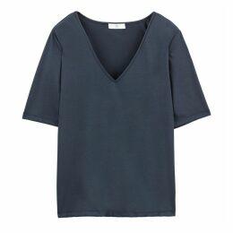 V-Neck Short-Sleeved T-Shirt