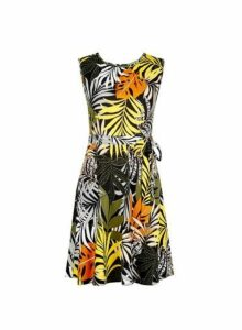 Womens **Billie & Blossom Petite Black Tropical Animal Print Dress- Black, Black