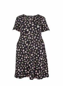 Womens **Dp Curve Black Daisy Print T-Shirt Dress- Black, Black