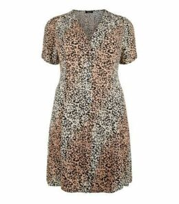 Curves Brown Leopard Print Button Up Tea Dress New Look