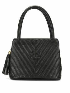 Chanel Pre-Owned V Stitch Fringe Hand Bag - Black