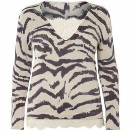 Persona Plus Size Adri v neck leopard knitted sweater