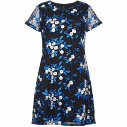 Yumi Embroidery Floral Tunic Dress