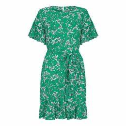 Yumi Curves Floral Print Ruffle Dress