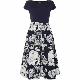Max Mara Studio Kibbutz fit And flare short sleeve dress
