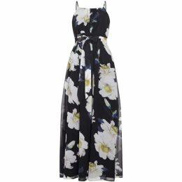 Yumi Curves Floral Plus Size Maxi Dress