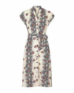 Yumi Curves Floral Print Shirt Dress