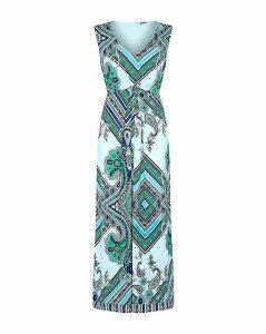 Yumi Curves Paisley Print Maxi Dress