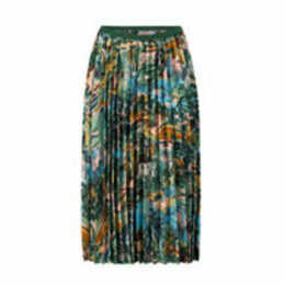 Artists View Pleated Skirt