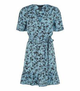 Blue Floral Tie Waist Wrap Dress New Look