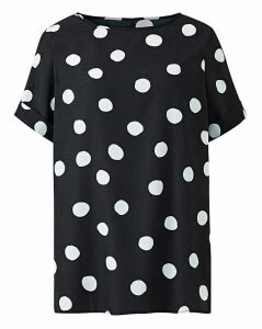 Spot Drop Sleeve Top with Curved Hem
